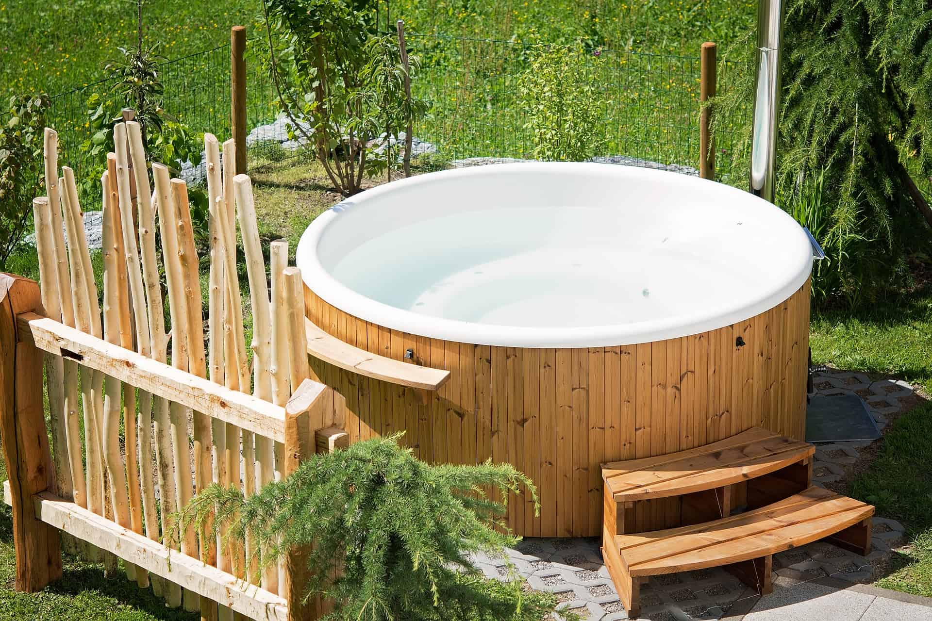 Does a Hot Tub Have to Sit on Concrete?